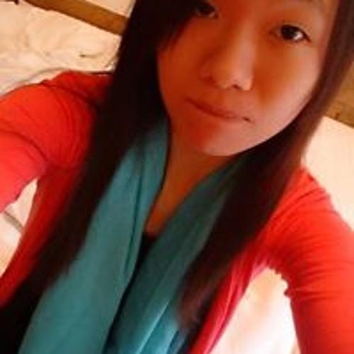 Emily Chian Fang's avatar