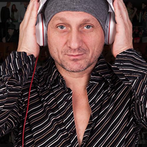 Karaoke Bár's avatar