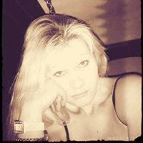 Crystal Miller's avatar