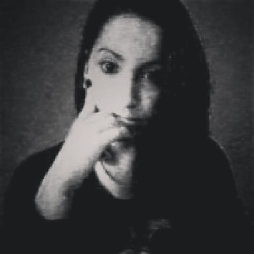 Allana Zanon's avatar