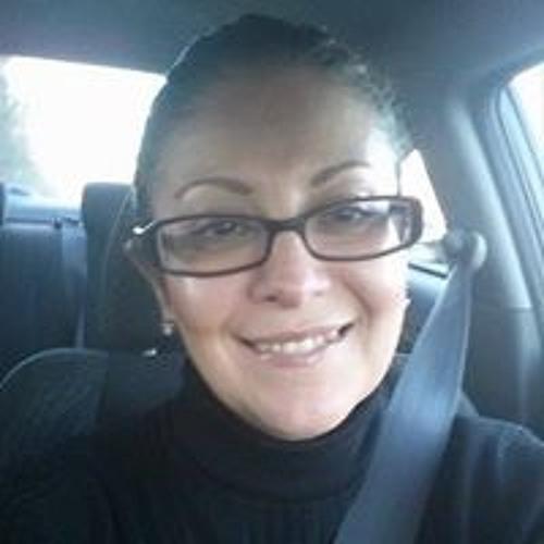 Regina Alaniz's avatar
