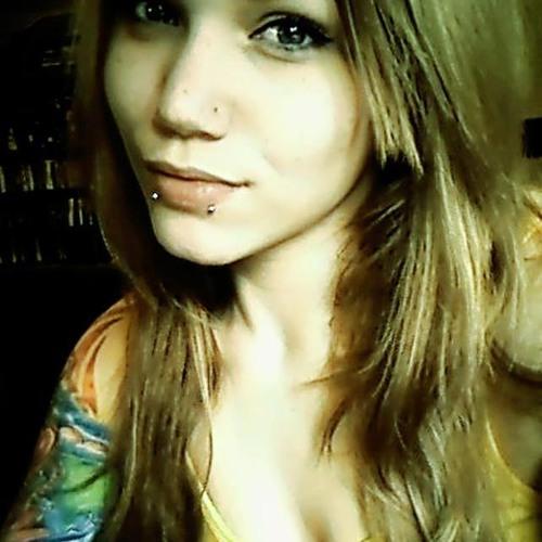 Hannah Stern's avatar