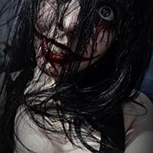 Evelyn Flores's avatar