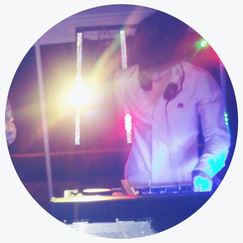 Romeo D'Fresh's avatar