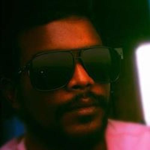 Mohamed Niushaadh's avatar