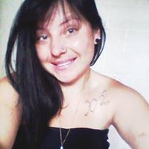 Maiara Fogaca's avatar