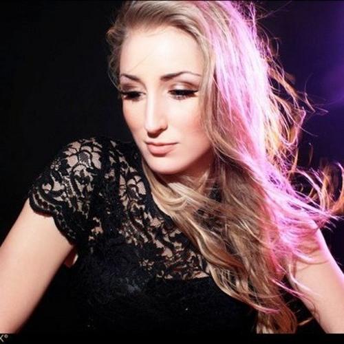 StephanieJay's avatar