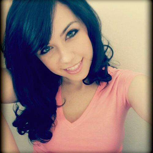 Anne Michaels's avatar