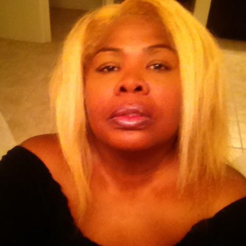 Carolyn Perry McCollaum's avatar