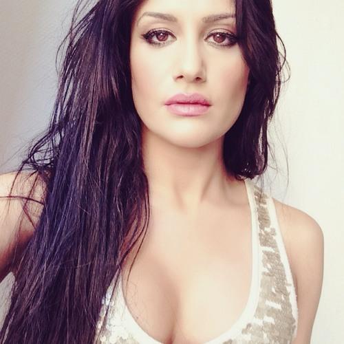Nina Karolidou's avatar