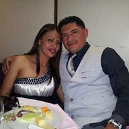 Miguel Rivera's avatar