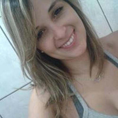 Luana Barreto's avatar
