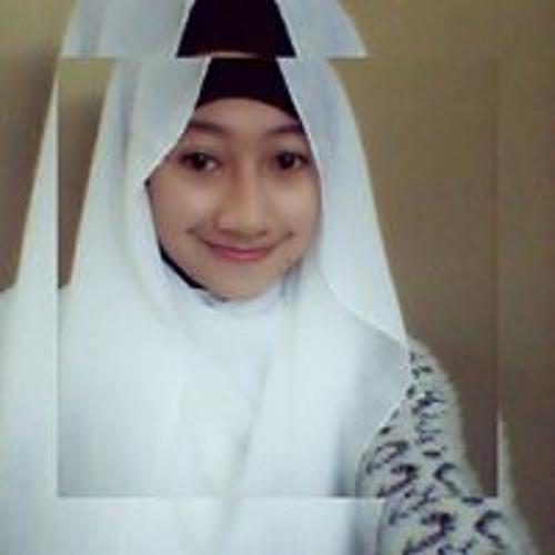 Nur Dahlia Kadili's avatar