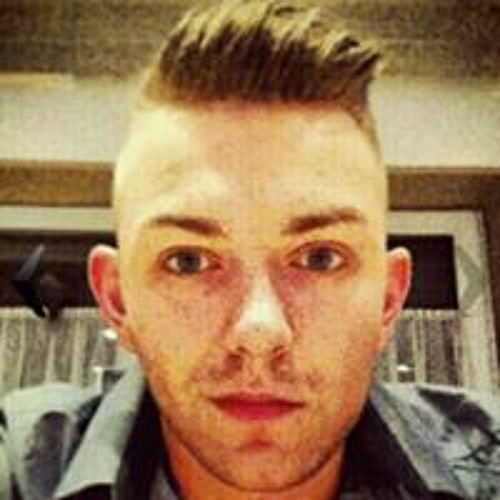 Phillip Winchester's avatar