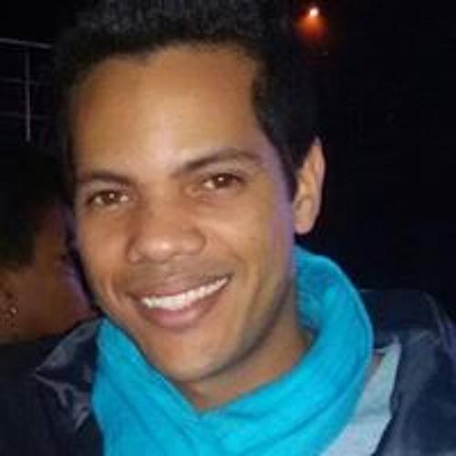 Rafael Lopes Avlis's avatar