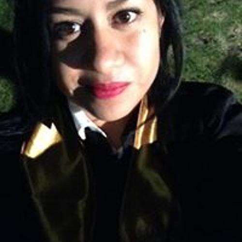 Carmen Ginez's avatar