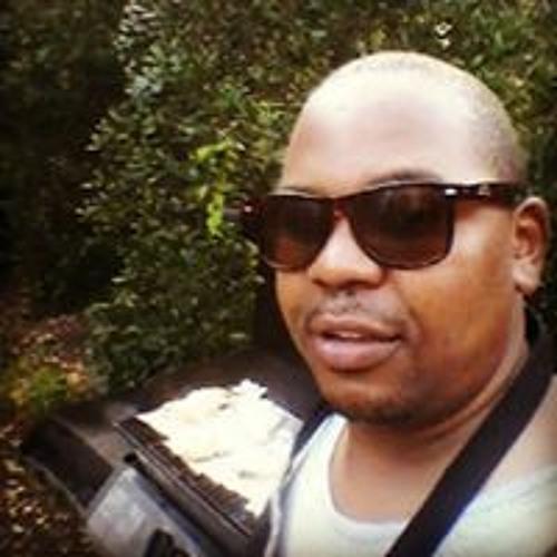 Roy Wambua's avatar