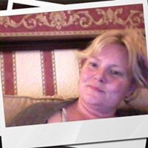 Tracey Douthwaite's avatar