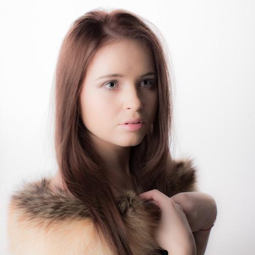 adriana mu's avatar