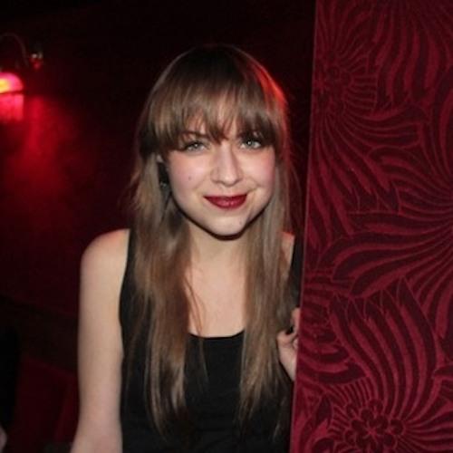 Emma Becker's avatar