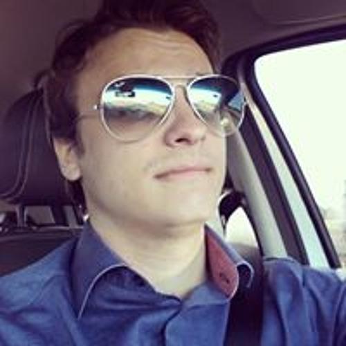 Vinicius Naves's avatar