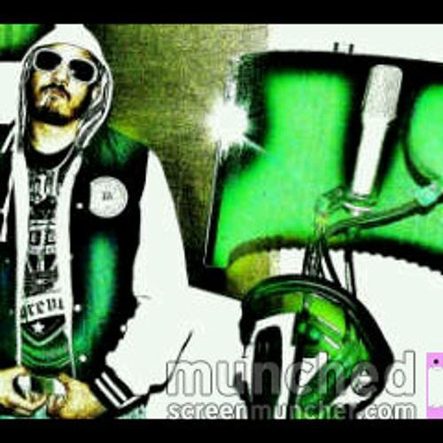 "L@ND@N'S FINEST""KW SLASH""'s avatar"