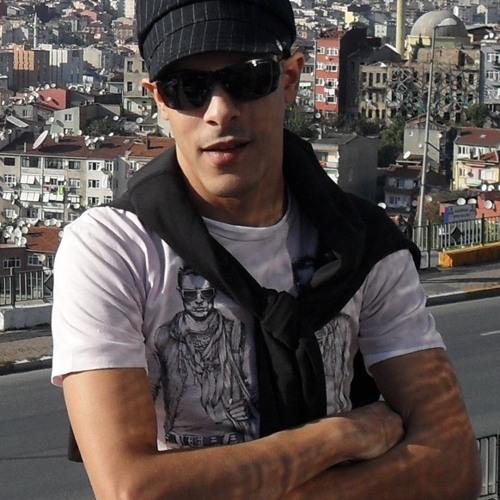 mohamedmzaki's avatar