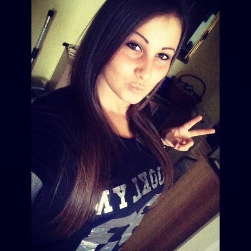 Klaudia Katona 2's avatar