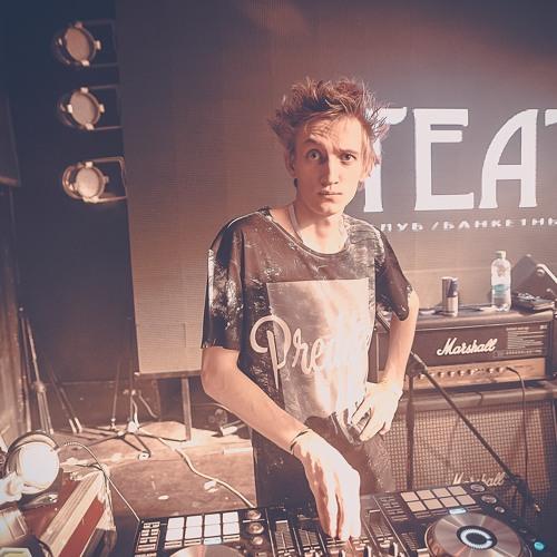 Max Bard (3/22 Dj's)'s avatar