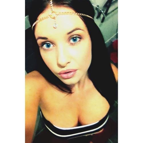 Cassee-Leigh's avatar