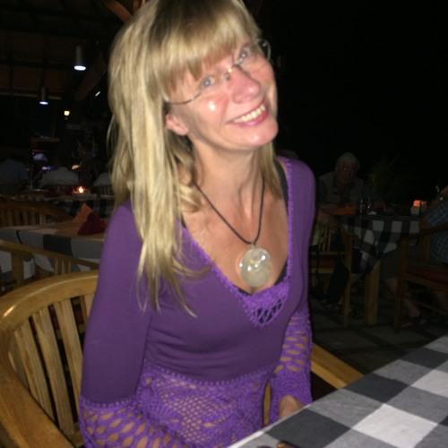 Marie Parr's avatar