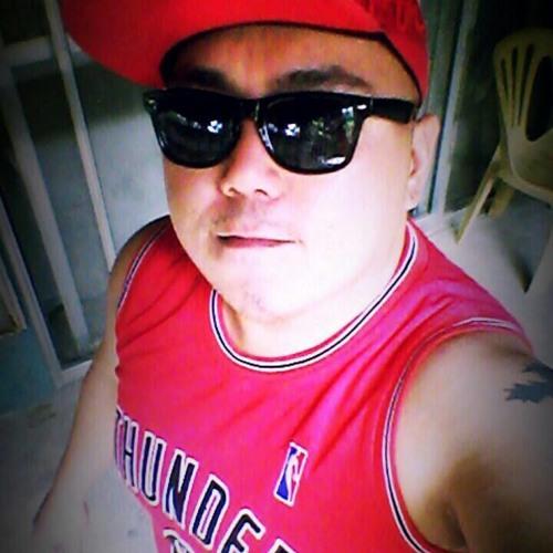 Gelo Ignacio's avatar