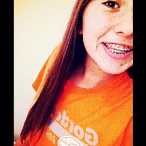 Lizzz2714's avatar