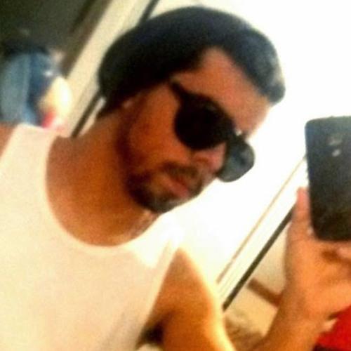 Arthur Barros's avatar