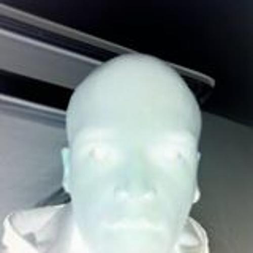 Centered ૐ's avatar