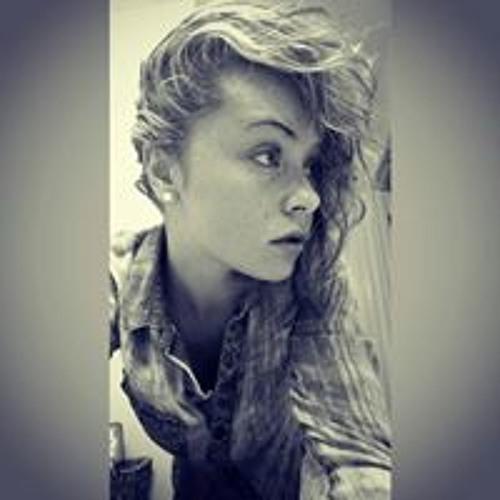 Danielle Baselice's avatar