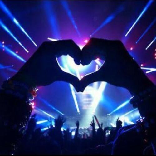 - EDM Love -'s avatar