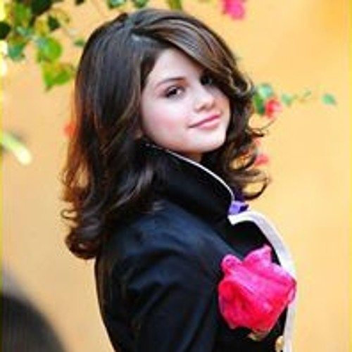 Sidra Naz's avatar