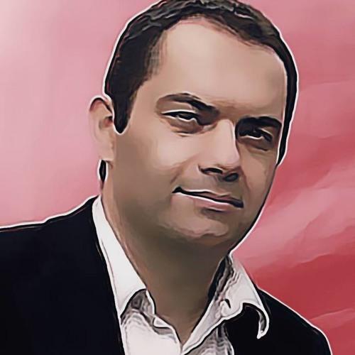 Morad Kaveh's avatar
