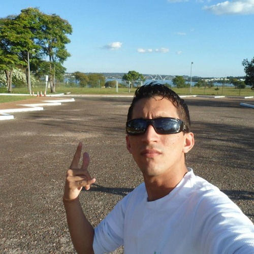Daywison Fernandes's avatar