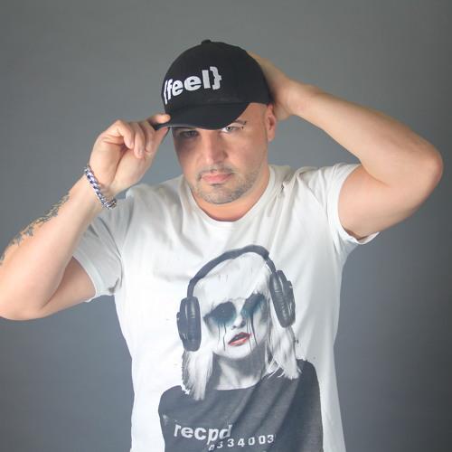 Roger-M's avatar