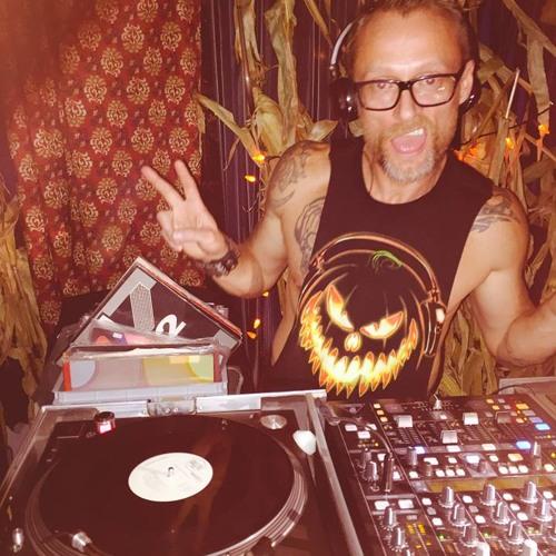"""DJ Brad """"F*cking"""" Scott's avatar"""