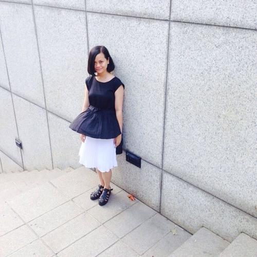 Theresia Aprilia's avatar