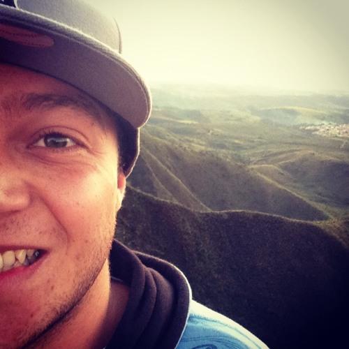 Fill Vieira's avatar