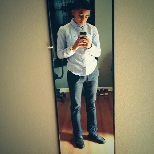 *Luis*'s avatar