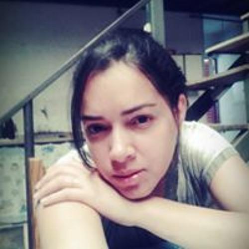 Elaine Gomes's avatar