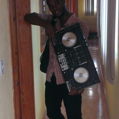 DJ Shuffle's avatar
