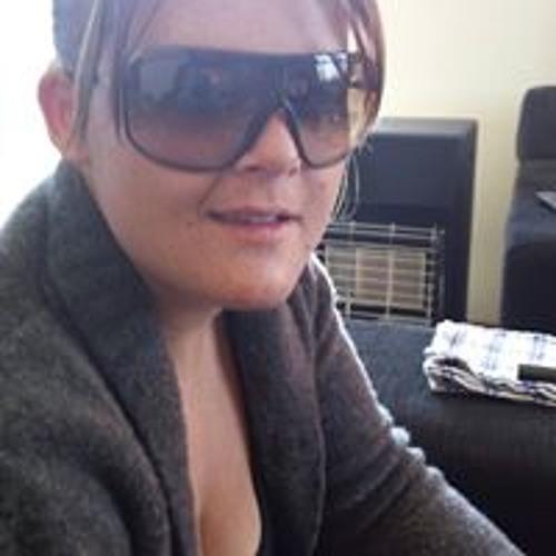Courtney Marsh's avatar