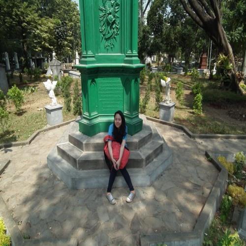 Agdisya Maulidia Putri's avatar