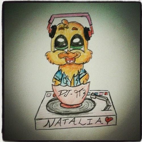 DJ-9T3 (Natalia Sheils)'s avatar